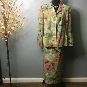3/$30 Harve Barnard Floral Skirt Suit SZ 14